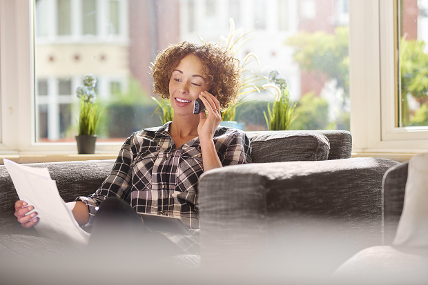 iStock-540591328_woman calling about invoice_resized.png