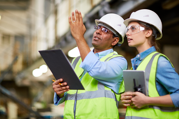 iStock-595329266_industrial workers_resized.png
