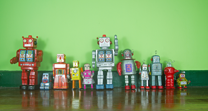iStock-487880975_robots_green background_resized.png